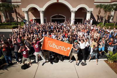 Group Picture Ubuntu Developers Summit